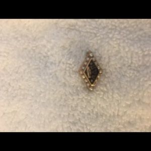 Jewelry - Gold and pearl sorority pin or pendant